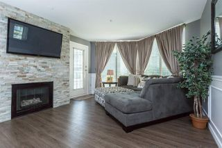 Photo 4: 303 48 RICHMOND Street in NEW WEST: Fraserview NW Condo for sale (New Westminster)  : MLS®# R2004971
