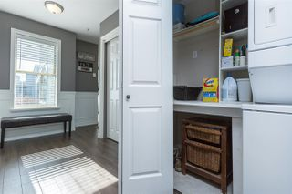 Photo 3: 303 48 RICHMOND Street in NEW WEST: Fraserview NW Condo for sale (New Westminster)  : MLS®# R2004971