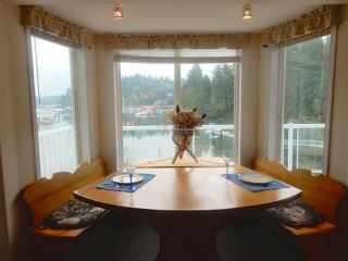 "Photo 7: 4457 FRANCIS PENINSULA Road in Madeira Park: Pender Harbour Egmont House for sale in ""Gerran's Bay"" (Sunshine Coast)  : MLS®# R2009213"