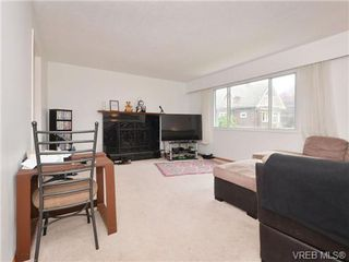 Photo 3: 532 Bowlsby Pl in VICTORIA: VW Victoria West House for sale (Victoria West)  : MLS®# 715139