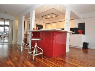 Photo 3: 402 929 18 Avenue SW in Calgary: Lower Mount Royal Condo for sale : MLS®# C4044007