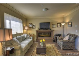Photo 3: 307 2732 Matson Rd in VICTORIA: La Langford Proper Row/Townhouse for sale (Langford)  : MLS®# 726664