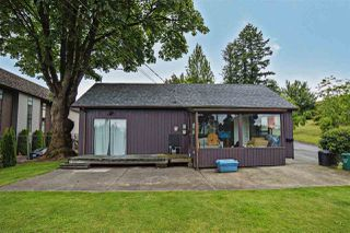 Photo 1: 8298 CEDAR Street in Mission: Mission BC House for sale : MLS®# R2080262