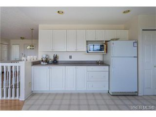 Photo 12: 6775 Danica Place in VICTORIA: CS Martindale Single Family Detached for sale (Central Saanich)  : MLS®# 369070