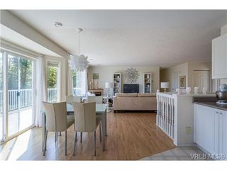Photo 13: 6775 Danica Place in VICTORIA: CS Martindale Single Family Detached for sale (Central Saanich)  : MLS®# 369070