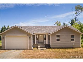 Photo 3: 6775 Danica Place in VICTORIA: CS Martindale Single Family Detached for sale (Central Saanich)  : MLS®# 369070