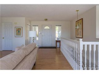 Photo 15: 6775 Danica Place in VICTORIA: CS Martindale Single Family Detached for sale (Central Saanich)  : MLS®# 369070