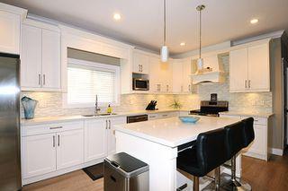 Photo 4: 18170 70 Avenue in Surrey: Cloverdale BC House 1/2 Duplex for sale (Cloverdale)  : MLS®# R2103288