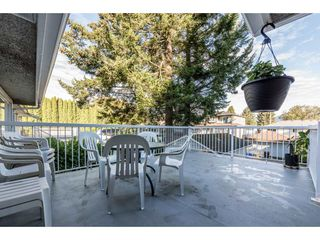 Photo 2: 6871 CARNEGIE Street in Burnaby: Sperling-Duthie House for sale (Burnaby North)  : MLS®# R2111912