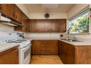 Photo 3: 6871 CARNEGIE Street in Burnaby: Sperling-Duthie House for sale (Burnaby North)  : MLS®# R2111912