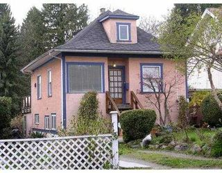 Photo 1: 2345 WESTERN Ave in North Vancouver: Home for sale : MLS®# V762470