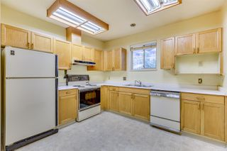 "Photo 10: 101 2733 ATLIN Place in Coquitlam: Coquitlam East Condo for sale in ""ATLIN COURT"" : MLS®# R2154213"