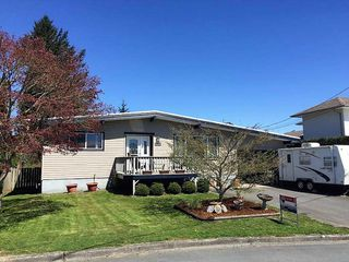 Photo 1: 45441 JACKSON Street in Chilliwack: Chilliwack W Young-Well House for sale : MLS®# R2158252