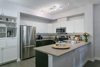 Photo 10: 133 600 PARK CRESCENT in New Westminster: GlenBrooke North Townhouse for sale : MLS®# R2178997