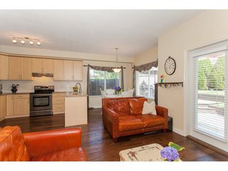 "Photo 6: 86 18221 68 Avenue in Surrey: Cloverdale BC Townhouse for sale in ""Magnolia"" (Cloverdale)  : MLS®# R2189705"