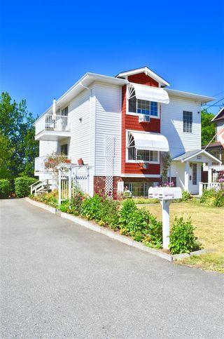 Photo 2: 33877 WALNUT Avenue in Abbotsford: Central Abbotsford House Triplex for sale : MLS®# R2190185