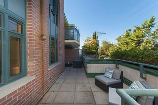 """Photo 15: 212 2665 W BROADWAY in Vancouver: Kitsilano Condo for sale in """"THE MAGUIRE BUILDING"""" (Vancouver West)  : MLS®# R2209718"""