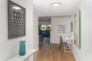 """Photo 2: 212 2665 W BROADWAY in Vancouver: Kitsilano Condo for sale in """"THE MAGUIRE BUILDING"""" (Vancouver West)  : MLS®# R2209718"""