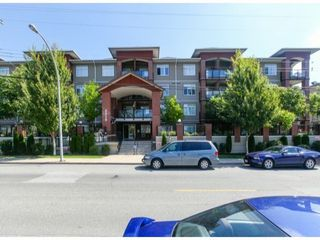 Photo 1: 310 5516 198TH Street in Langley: Home for sale : MLS®# F1421347