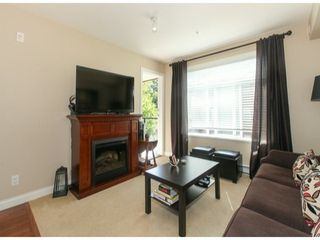 Photo 3: 310 5516 198TH Street in Langley: Home for sale : MLS®# F1421347