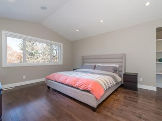 Photo 17: 2327 4 Avenue NW in Calgary: West Hillhurst House for sale : MLS®# C4143622