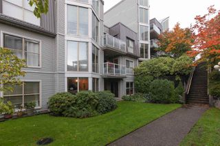 Photo 9: 101 68 RICHMOND STREET in New Westminster: Fraserview NW Condo for sale : MLS®# R2214459
