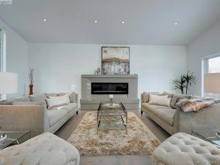 Photo 3: 5026 Sunrise Terr in VICTORIA: SE Cordova Bay House for sale (Saanich East)  : MLS®# 773873