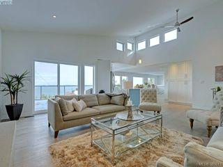 Photo 6: 5026 Sunrise Terrace in VICTORIA: SE Cordova Bay Single Family Detached for sale (Saanich East)  : MLS®# 385013