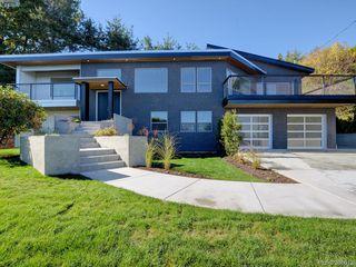 Photo 1: 5026 Sunrise Terrace in VICTORIA: SE Cordova Bay Single Family Detached for sale (Saanich East)  : MLS®# 385013
