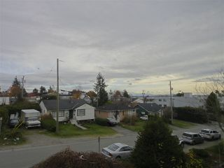 "Photo 16: 302 1389 WINTER Street: White Rock Condo for sale in ""Hillside House"" (South Surrey White Rock)  : MLS®# R2223228"
