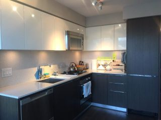 """Photo 5: 802 538 W 7TH Avenue in Vancouver: Fairview VW Condo for sale in """"CAMBIE+7"""" (Vancouver West)  : MLS®# R2224956"""