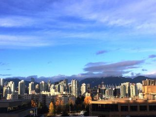 """Photo 1: 802 538 W 7TH Avenue in Vancouver: Fairview VW Condo for sale in """"CAMBIE+7"""" (Vancouver West)  : MLS®# R2224956"""