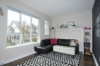 Photo 2: 142 1460 SOUTHVIEW STREET in Coquitlam: Burke Mountain Townhouse for sale : MLS®# R2147248