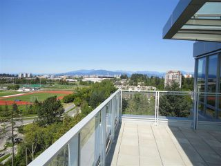 "Photo 11: 1600 5838 BERTON Avenue in Vancouver: University VW Condo for sale in ""WESBROOK"" (Vancouver West)  : MLS®# R2239956"