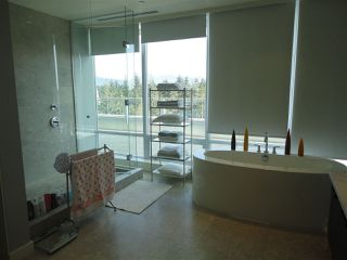 "Photo 7: 1600 5838 BERTON Avenue in Vancouver: University VW Condo for sale in ""WESBROOK"" (Vancouver West)  : MLS®# R2239956"