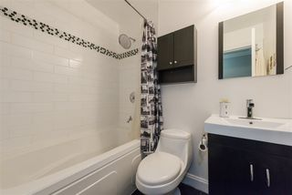 "Photo 12: 304 2121 W 6TH Avenue in Vancouver: Kitsilano Condo for sale in ""CONNAUGHT COURT"" (Vancouver West)  : MLS®# R2244511"