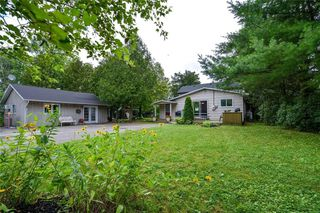 Photo 1: 7 B3 ROAD in Smiths Falls: Bass Lake House for sale : MLS®# 1072888