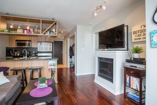 "Photo 2: 2006 1010 RICHARDS Street in Vancouver: Yaletown Condo for sale in ""The Gallery"" (Vancouver West)  : MLS®# R2252672"