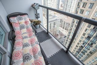 "Photo 11: 2006 1010 RICHARDS Street in Vancouver: Yaletown Condo for sale in ""The Gallery"" (Vancouver West)  : MLS®# R2252672"