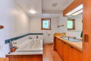 Photo 11: 16847 PEACE PARK Drive in Surrey: Pacific Douglas House for sale (South Surrey White Rock)  : MLS®# R2264462
