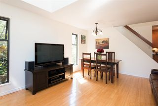 "Photo 5: 305 2001 BALSAM Street in Vancouver: Kitsilano Condo for sale in ""Balsam Mews"" (Vancouver West)  : MLS®# R2272513"