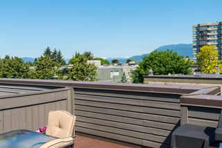 "Photo 1: 305 2001 BALSAM Street in Vancouver: Kitsilano Condo for sale in ""Balsam Mews"" (Vancouver West)  : MLS®# R2272513"