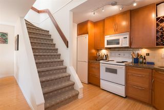 "Photo 11: 305 2001 BALSAM Street in Vancouver: Kitsilano Condo for sale in ""Balsam Mews"" (Vancouver West)  : MLS®# R2272513"