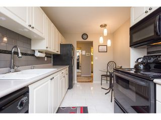 Photo 9: 216 1760 SOUTHMERE Crescent in Surrey: Sunnyside Park Surrey Condo for sale (South Surrey White Rock)  : MLS®# R2278160