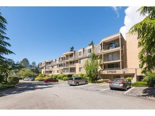 Photo 1: 216 1760 SOUTHMERE Crescent in Surrey: Sunnyside Park Surrey Condo for sale (South Surrey White Rock)  : MLS®# R2278160