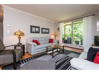Photo 4: 216 1760 SOUTHMERE Crescent in Surrey: Sunnyside Park Surrey Condo for sale (South Surrey White Rock)  : MLS®# R2278160