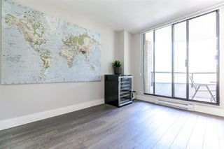 "Photo 15: 303 6282 KATHLEEN Avenue in Burnaby: Metrotown Condo for sale in ""THE EMPRESS"" (Burnaby South)  : MLS®# R2289687"