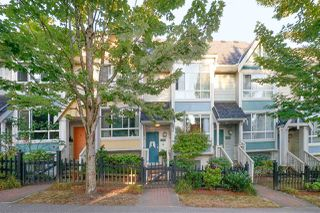 Photo 4: 7382 HAWTHORNE Terrace in Burnaby: Highgate Townhouse for sale (Burnaby South)  : MLS®# R2292732