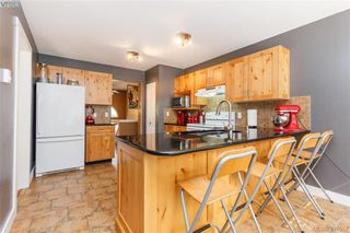 Photo 10: 2895 Cudlip Rd in SHAWNIGAN LAKE: ML Shawnigan House for sale (Malahat & Area)  : MLS®# 795163