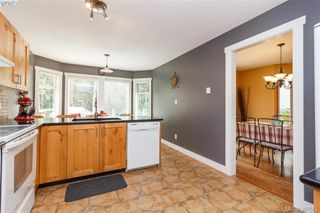 Photo 9: 2895 Cudlip Rd in SHAWNIGAN LAKE: ML Shawnigan House for sale (Malahat & Area)  : MLS®# 795163